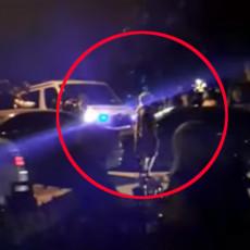 HEROJSKI PODVIG GRAĐANA U SKOPLJU: Podigli automobil rukama i pomerili ga da bi prošla HITNA POMOĆ (VIDEO)