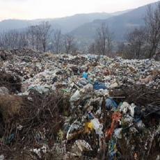 HILJADE METARA KUBNIH OTPADA: Nabujali Lim ponovo može da ugrozi deponiju (FOTO)