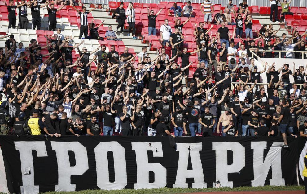 HILJADU GROBARA U TEATRU SNOVA: Partizan će imati veliku podršku na gostovanju slavnom klubu iz Mančestera!
