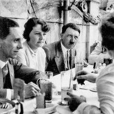 HITLER UMRO TEK 1971. GODINE? Materijal iz tajnog nacističkog skloništa u Argentini izuzetan (VIDEO)