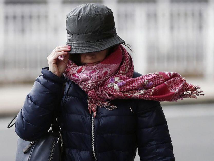HITNO UPOZORENJE METEOROLOGA: Srbiji preti olujni vetar, UDARI DO 100 KILOMETARA NA SAT, na snazi NARANDŽASTI METEOALARM