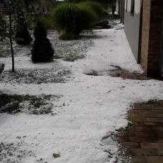 HITNO UPOZORENJE RHMZ: Oluja već stigla na sever Srbije, evo koji delovi će biti najugroženiji (FOTO)