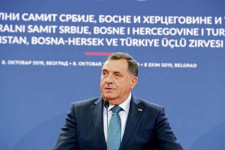 HOĆE DA MU UVEDU SANKCIJE: Dodiku zabrana ulaska u EU?