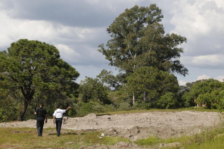 HOROR! MASAKRIRANA TELA NAĐENA U BUNARU: Identifikovano 44 leša! Rat nakrko-kartela toliko divlja da forenzičari ne mogu sve da postignu! (FOTO)
