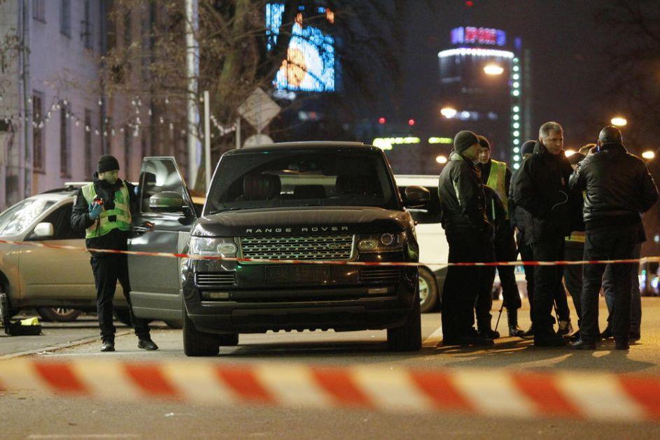 HOROR U KIJEVU! UBILI TROGODIŠNJEG SINA UKRAJINSKOG POSLANIKA: Napadači pucali na automobil, a stradalo dete (VIDEO)