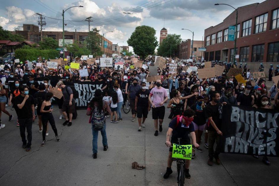 HTELI SU DA VOJSKOM ZAUSTAVE PROTESTE: Bela kuća tražila 10.000 vojnika da uguši demonstracije, zahtev odbačen (VIDEO)
