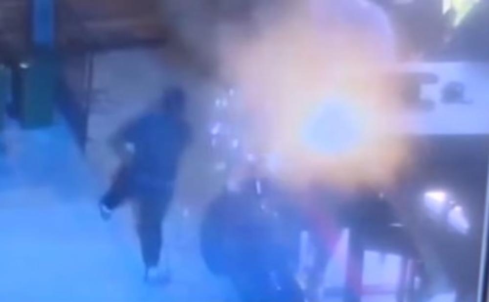 HTELI ŽIVOG DA GA ZAPALE: Pojavio se zastrašujući snimak brutalnog napada na vlasnika kafića u Vranju!