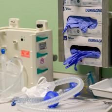HUMANOST U TEŠKIM TRENUCIMA Elektroprivreda podelila veliku pomoć zdravstvenim ustanovama Srpske