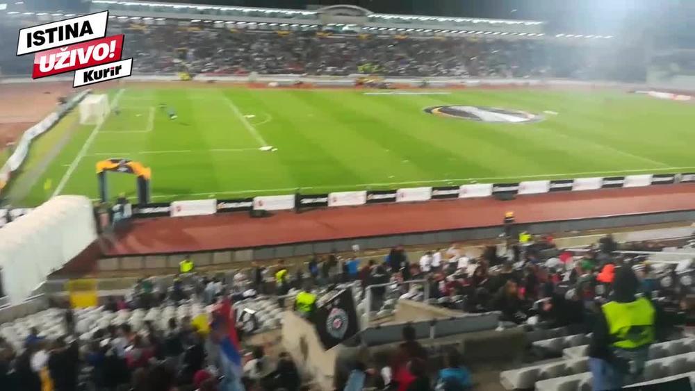 HUMSKA SE POLAKO PUNI: Najmlađi navijači Partizana prave SPEKTAKULRNU atmosferu pred meč sa AZ Alkmarom! (KURIR TV)