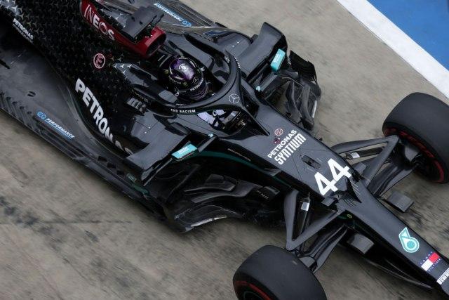 Hamilton najbrži na prvom treningu u Austriji