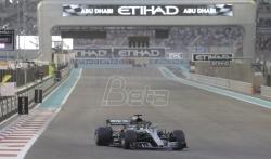 Hamilton zadovoljan pobedom na kraju sezone u Formuli 1
