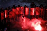 Haos u Bukureštu: Krenuli na kordon, 440 povređenih FOTO