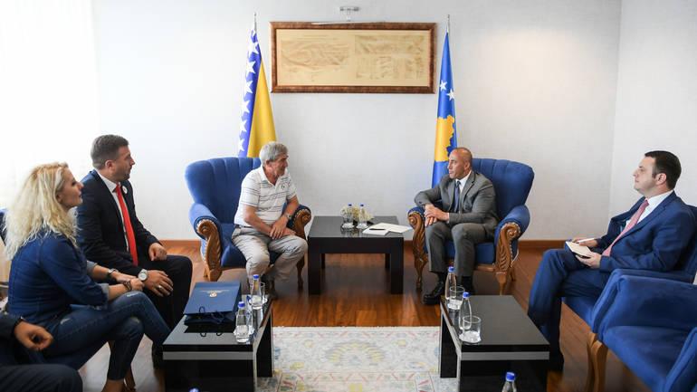 Haradinaj: Ne smijemo šutiti o genocidu u Srebrenici