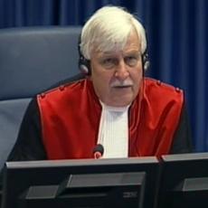 Haški sudija Ori proglasio Haradinaja i Baljaja NEVINIM, a danas će presuditi Ratku Mladiću!