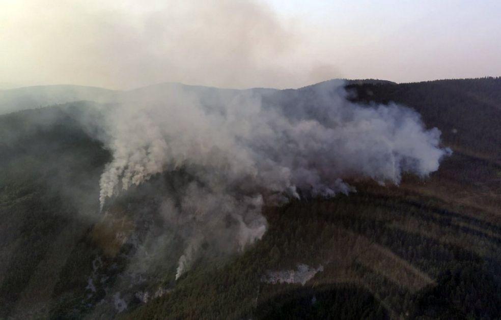 Požar na Murtenici pod kontrolom, nema otvorenog plamena (VIDEO)