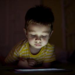 Hiljade Android aplikacija prate decu bez dozvole roditelja