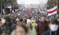 Hiljade Belorusa ponovo na demonstracijama protiv Lukašenka, policija hapsi