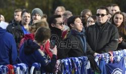 Hiljade navijača Lestera u memorijalnoj šetnji za žrtve helikopterske nesreće (VIDEO)