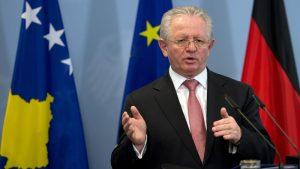Hiseni: Ustavni poredak na Kosovu se ne menja ni u jednoj varijanti konačnog sporazuma sa Srbijom