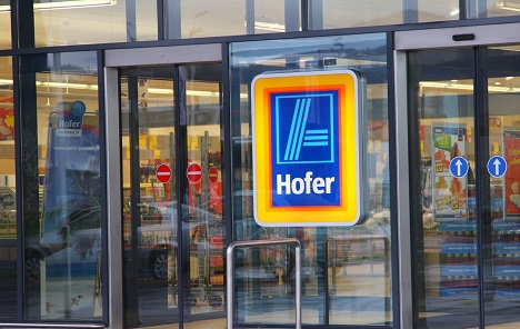 Hofer u Sloveniji odustao od zabrane prodaje lista potrebitih pred svojim centrima