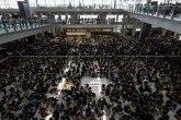 Hongkong: Posle sukoba, na aerodromu se situacija smirila