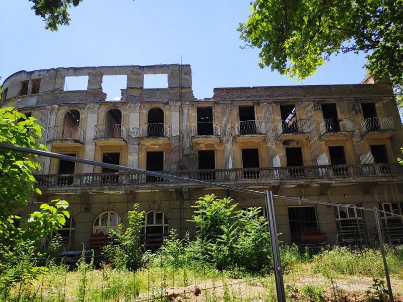 Hoteli u Niškoj Banji ruinirani i nakon prodaje