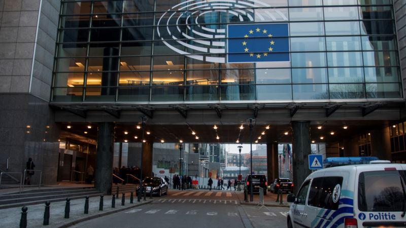 Hoti i Vučić u nedelju u Briselu