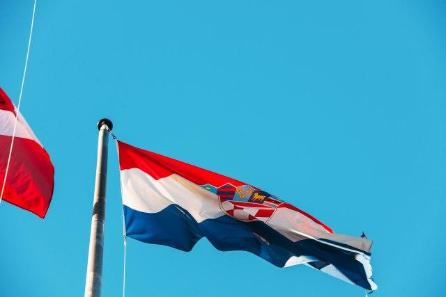 Hrvatska obustavlja zapošljavanje diplomaca iz BiH