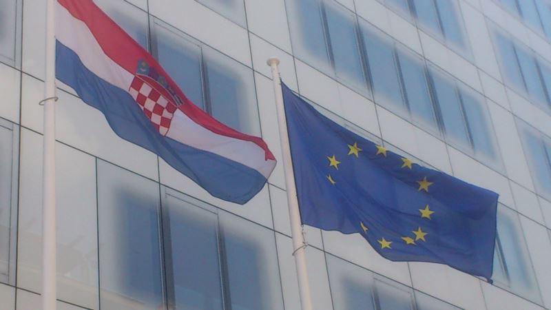 Hrvatsko ministarstvo: Vučić opravdava oružanu pobunu 90-ih