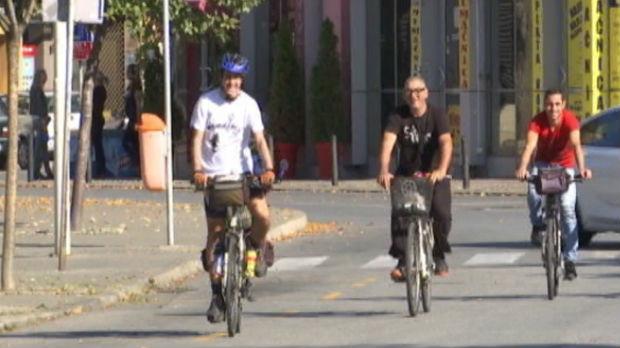 Humani pohod biciklom na Severni pol