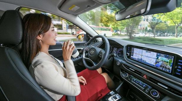 Hyundai razvija tempomat na bazi veštačke inteligencije