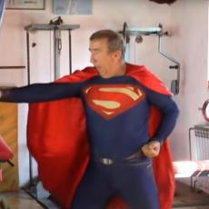 IDE DA STISNE PUTINU RUKU! Užički Supermen krenuo PEŠKE do Moskve! (VIDEO)