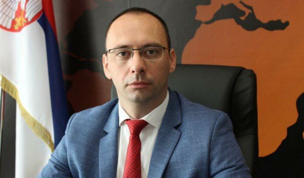 IGOR SIMIĆ ZA KURIR: Priština čini sve da Srbe odvrati od povratka!