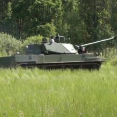 IMA CVETNO IME, ALI NIJE BAŠ TAKO PITOM: Upoznajte Lotos artiljerijski sistem najnovije generacije (VIDEO)