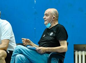 'IMAO JE KLJUČEVE OD NAŠIH STANOVA': Miljenik Partizanovih navijača otkrio koje metode je Vujošević koristio dok je bio trener crno-belih!