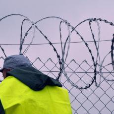 INCIDENT U ŽENEVI: Osuđenici odbili da uđu u ćelije, policija OPKOLILA OBLAST, u TOKU SU PREGOVORI