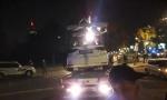 INTERVENTNA KOD UŠĆA: Inspekcija pleni vozila CarGo, uhapšen menadžer, vozači leže ispred automobila (Foto)