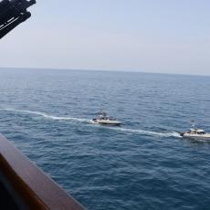 IRAN ŽESTOKO ZAPRETIO AMERICI: Ostavite naše brodove ili će BITI PROBLEMA, svet strepi od NOVOG RATA