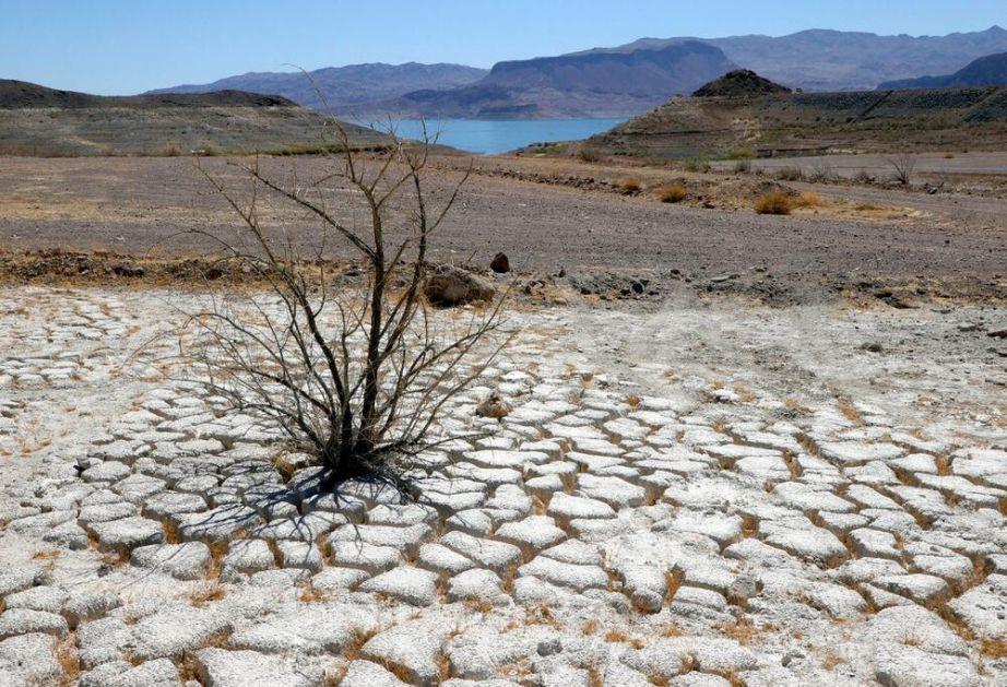 IRANU PRETI KATASTROFA: Nestašica pitke vode mogla bi da pokrene egzodus miliona ljudi, poziva se na poljoprivrednu revoluciju
