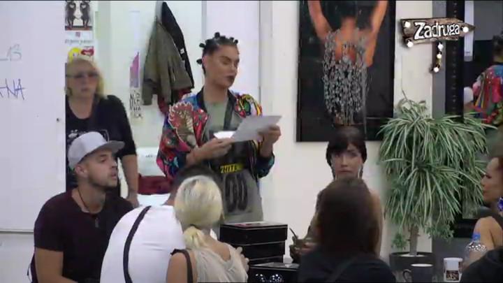 ISPALA JE FER! Zadrugari nikad mirniji dok je Mina Vrbaški delila novac za žurku! (VIDEO)