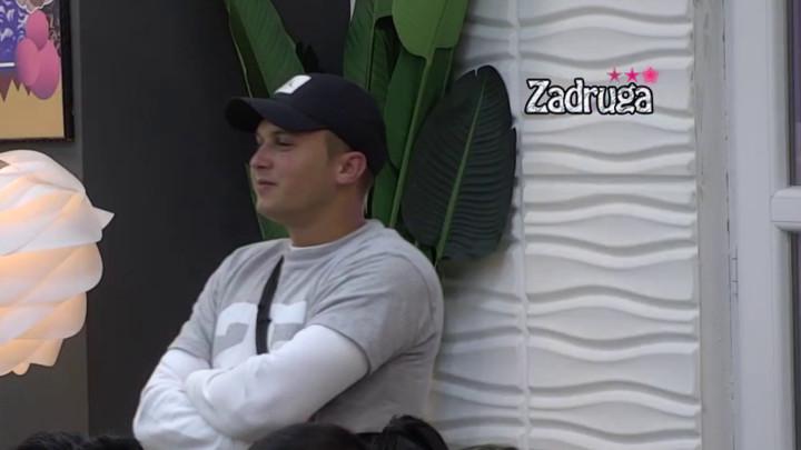 ISPLIVALO NA VIDELO! Karić priznao sve o poznanstvu sa Minom Vrbaški! Znaju se i pre ZADRUGE! (VIDEO)