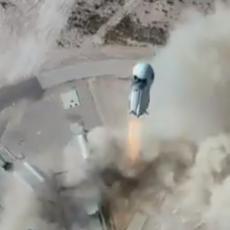 ISTORIJA SVEMIRA NIKAD VIŠE NEĆE BITI ISTA: Džef Bezos šalje turiste u orbitu, poznato ko će biti u raketi (VIDEO)