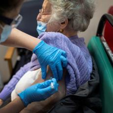 IZRAEL VAKCINISAO GOTOVO SVE STARIJE GRAĐANE: Objavljena studija o uticaju vakcine na nastavak epidemije