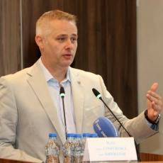 Igor Jurić šokirao: IMAMO DOKAZE, objavićemo KO OD MOĆNIKA ZLOSTAVLJA DECU, a ako mi se nešto desi...