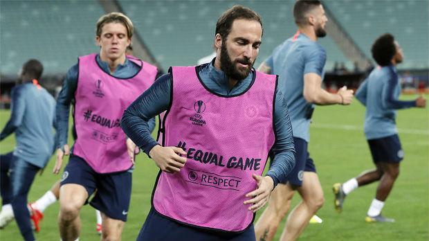 Iguain napušta Juventus, Roma sledeća destinacija?