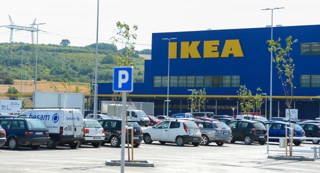 Stočić u Ikei 899 RSD: Ovo su cene u Srbiji FOTO