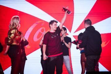 Imamo pobednika Discovered by Coke! Nova muzička zvezda je Predrag Simić