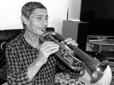 In memoriam: Božidar Ajredinović, majstor trube