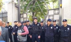 Pristalice frakcije Jevrejske zajednice predvodjene Medićem se razišle nakon incidenta