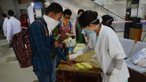 Indijski soj korona virusa najverovatniji uzrok naglog izbijanja zaraze u toj zemlji